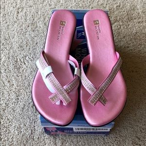 Pink crystal shoes